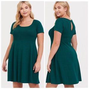 Torrid 4 emerald green sweater dress